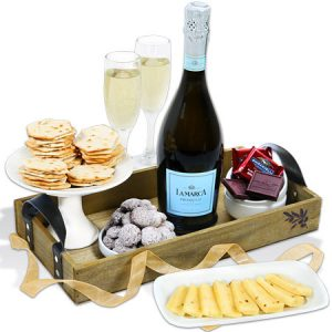 Classic-Champagne-Gift-Basket