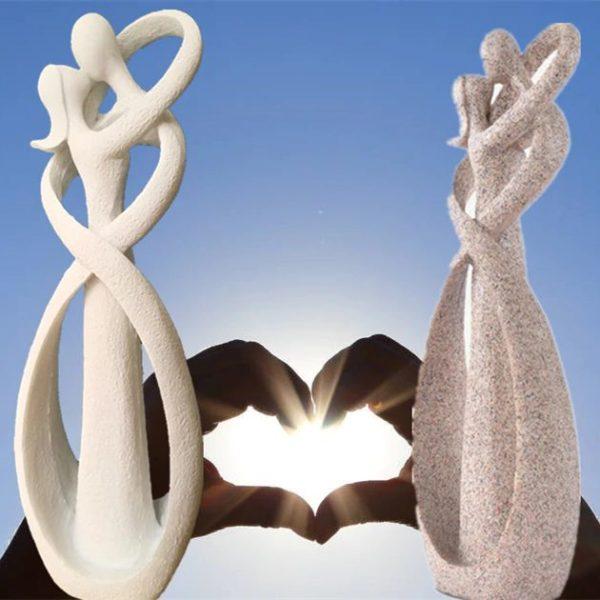 Kissing Lovers Figurine - 3