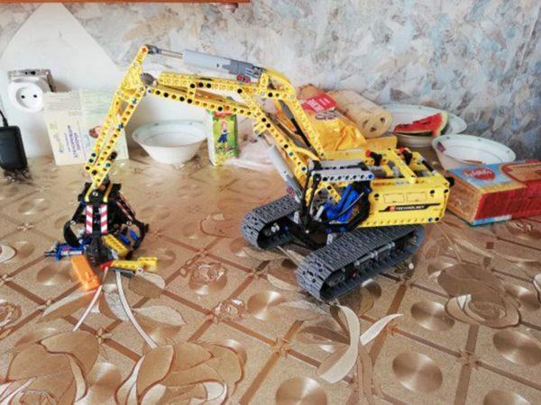 Motorized Excavator - Building Blocks - 2
