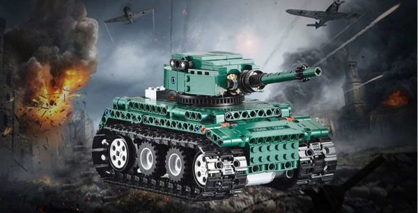 Motorized WW2 German Tiger 1 Tank - Building Blocks