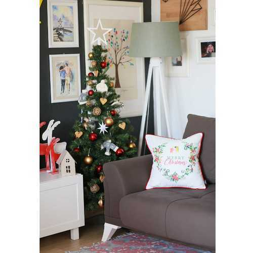 Christmas Flowers Printed Decorative Throw Pillow Cover 2