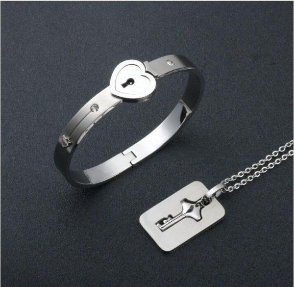 Bracelet Lock with Pendant Key 1