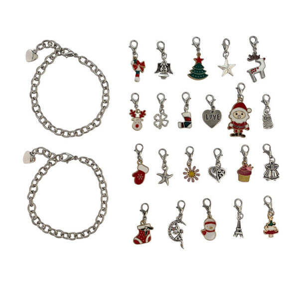 Christmas Themed Charm Bracelet Kit 1
